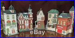 DEPARTMENT 56 Heritage Village Collection CHRISTMAS IN THE CITY LOT of 5