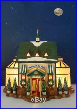 DEPT 56 Christmas in the City TAVERN IN THE PARK! Pub, Lights, So pretty