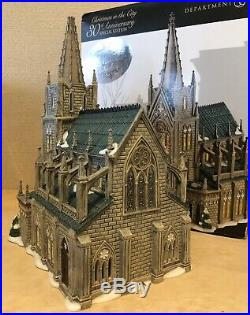 Department 56, Christmas In The City, Cathedral Of St. Nicholas Artist Signed