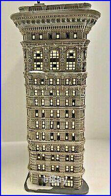 Department 56 Christmas in the City Flatiron Building #59260 Rare
