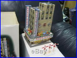 Department 56 D56 Radio City Music Hall 58924 and Rockettes Retired