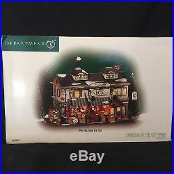 Department 56 Pier 56, East Harbor 56.59237 Retired! / Mint