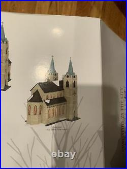 Department 56 St. Thomas Cathedral Christmas in the City #6003054 New In Box