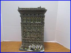 Dept. 56 2006 Flatiron Building #56.59260 Christmas In The City New In Box