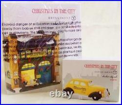 Dept 56 2015 Chrismas In CHECKER CITY CAB CO + CHECKER CITY CAB Village NRFB