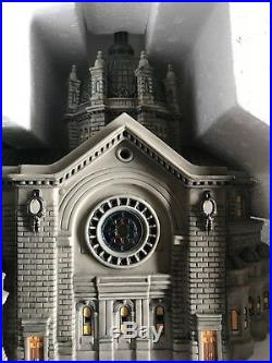 Dept 56 CATHEDRAL OF ST PAUL 2001 Christmas In The City