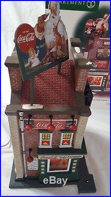 Dept. 56 Christmas In The City 59221 Coca Cola Soda Fountain In Original Box
