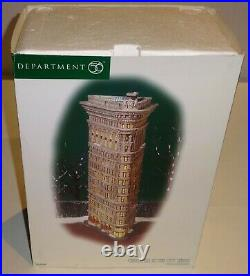 Dept 56 Christmas In The City Flatiron Building NICE Same Day Shipping