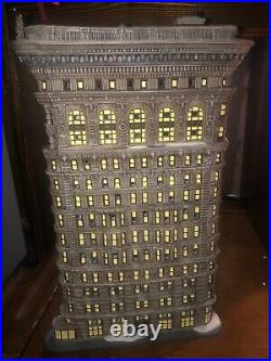 Dept 56 Christmas In The City Iconic And Rare Flatiron Building Original Box