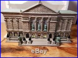 Dept 56 Christmas in City THE ART INSTITUTE OF CHICAGO #56.59222 In Box Lighted