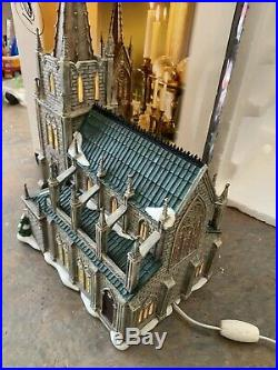 Dept 56 Christmas in the City Cathedral of St. Nicholas 59248 withBox Looks Nice