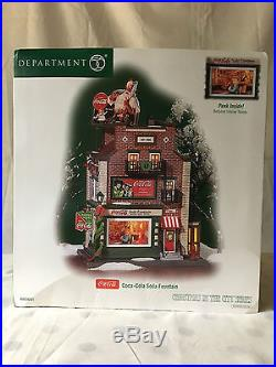 Dept 56, Christmas in the City Coca Cola Soda Fountain with (2) accessories