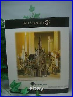 Dept 56 Christmas in the cityCathedrl of St. Nicholas #59248 Mint Condition