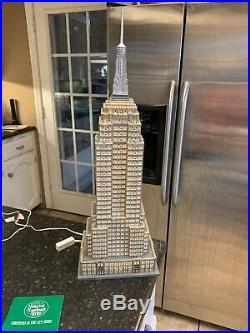 Dept 56 EMPIRE STATE BUILDING Christmas In The City #59207 Lighted Porcelain