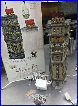 Dept 56 -christmas In The City New York City Times Tower -52