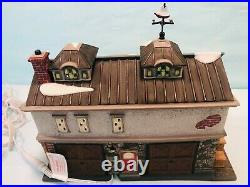 Vintage 2004 Dept. 56 Christmas In The City Series #56.59237 Pier 56, East Harbor